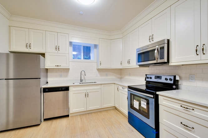 Photo 18: 2305 W 13TH Avenue in Vancouver: Kitsilano House for sale (Vancouver West)  : MLS(r) # R2130389
