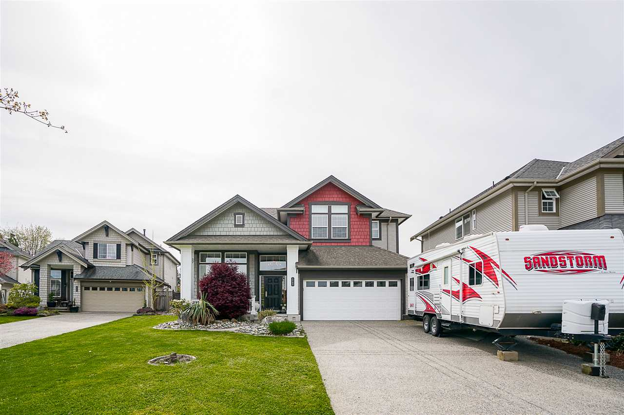 Main Photo: 5785 147A Street in Surrey: Sullivan Station House for sale : MLS® # R2163999