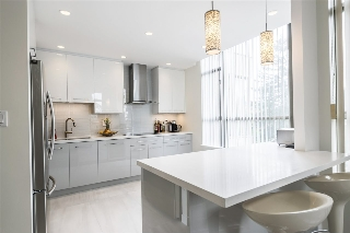 "Main Photo: 506 5885 OLIVE Avenue in Burnaby: Metrotown Condo for sale in ""METROPOLITAN"" (Burnaby South)  : MLS(r) # R2167296"