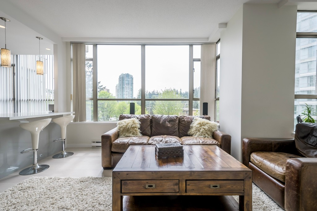 "Photo 9: 506 5885 OLIVE Avenue in Burnaby: Metrotown Condo for sale in ""METROPOLITAN"" (Burnaby South)  : MLS(r) # R2167296"