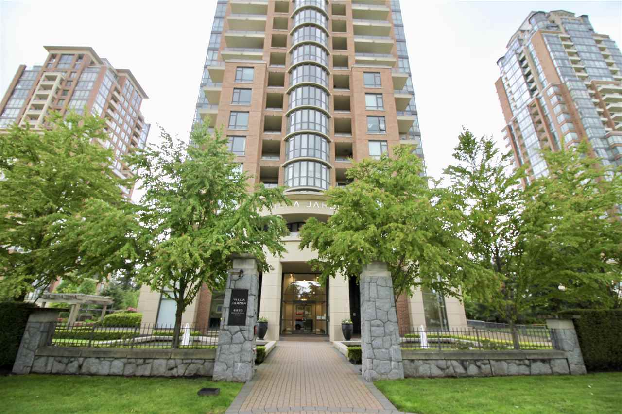 "Main Photo: 707 6833 STATION HILL Drive in Burnaby: South Slope Condo for sale in ""VILLA JARDIN"" (Burnaby South)  : MLS®# R2168502"