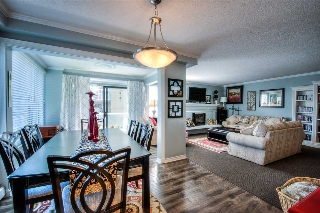 "Main Photo: 201 1331 FOSTER Street: White Rock Condo for sale in ""Kent Mayfair"" (South Surrey White Rock)  : MLS(r) # R2169707"