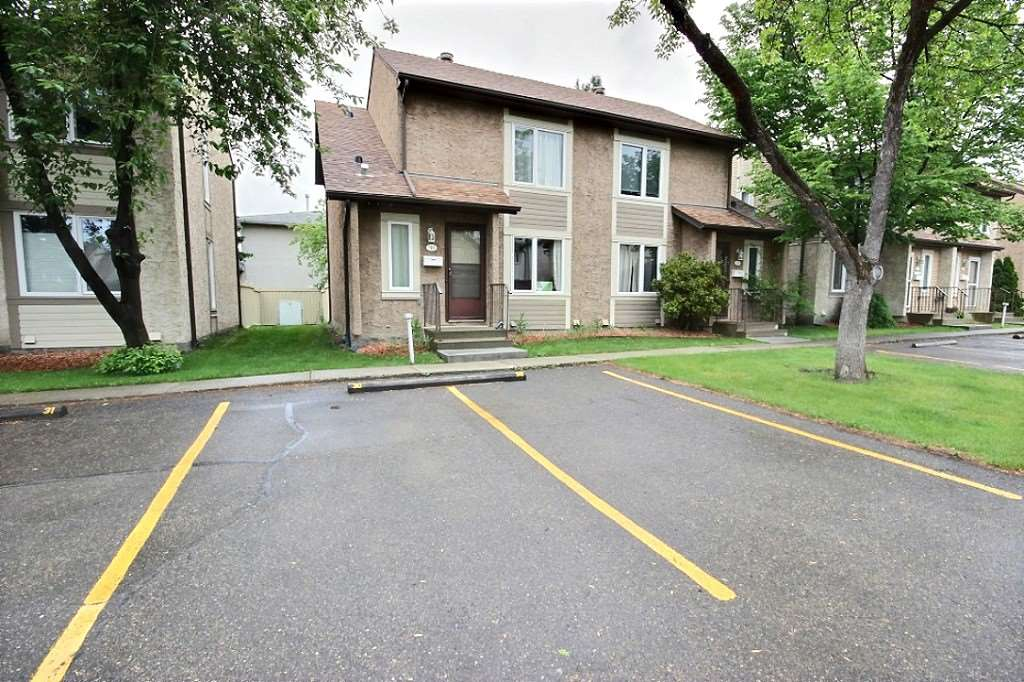 Main Photo: 30 11111 26 Avenue in Edmonton: Zone 16 Townhouse for sale : MLS(r) # E4067239