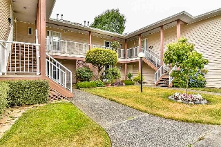 "Main Photo: 257 6875 121 Street in Surrey: West Newton Townhouse for sale in ""GLENWOOD VILLAGE HEIGHTS"" : MLS® # R2190552"