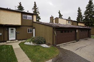 Main Photo: 7053 32 Avenue in Edmonton: Zone 29 Townhouse for sale : MLS® # E4084489