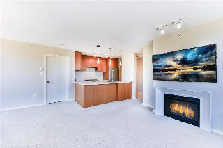 "Main Photo: 607 1185 THE HIGH Street in Coquitlam: North Coquitlam Condo for sale in ""THE CLAREMONT"" : MLS® # R2214751"