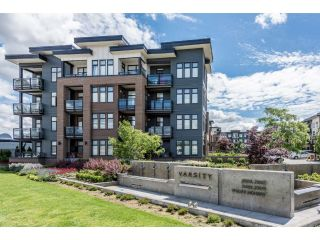 "Main Photo: 210 20068 FRASER Highway in Langley: Langley City Condo for sale in ""Varsity"" : MLS® # R2227629"