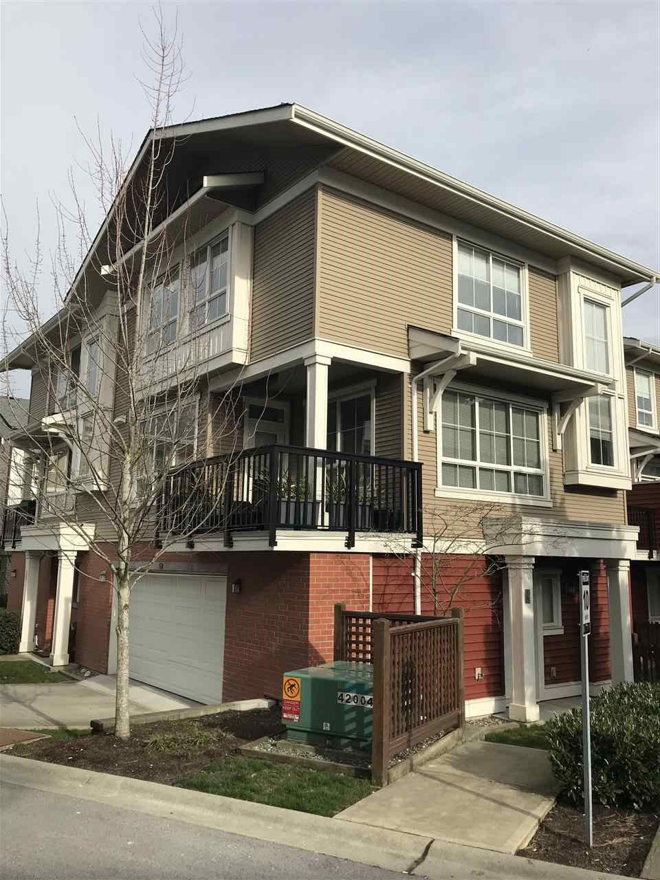 "Photo 1: Photos: 58 19505 68A Avenue in Surrey: Clayton Townhouse for sale in ""Clayton Rise"" (Cloverdale)  : MLS®# R2239007"