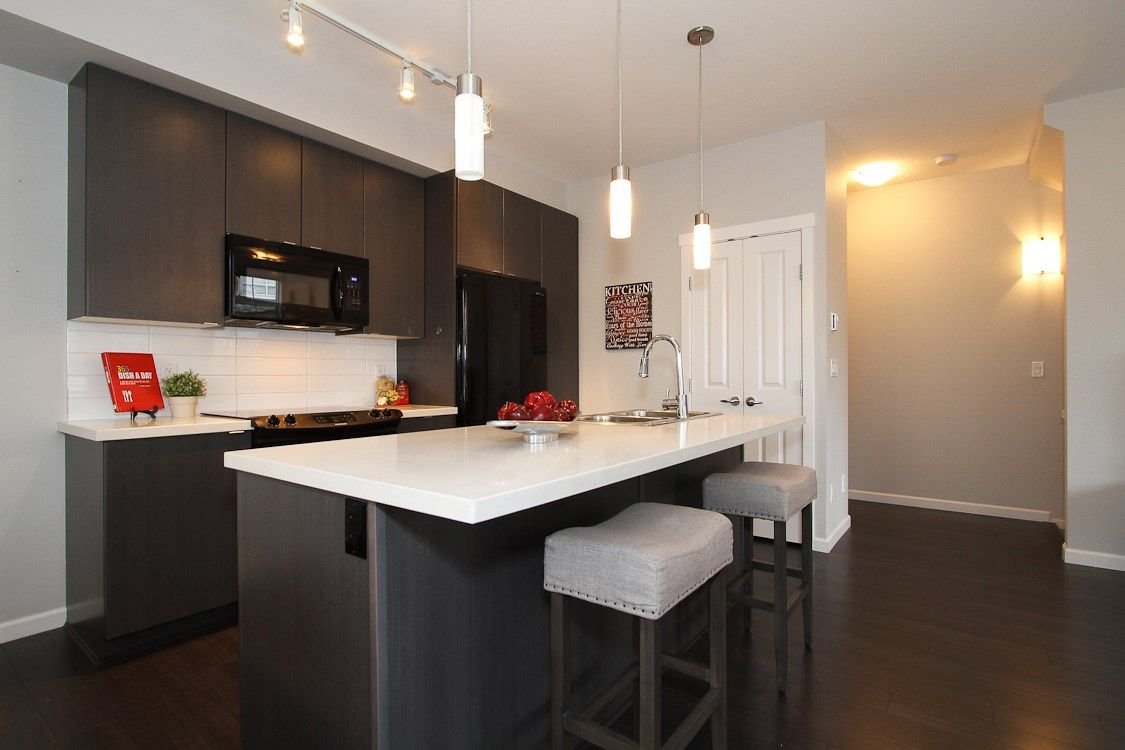 "Photo 8: Photos: 58 19505 68A Avenue in Surrey: Clayton Townhouse for sale in ""Clayton Rise"" (Cloverdale)  : MLS®# R2239007"