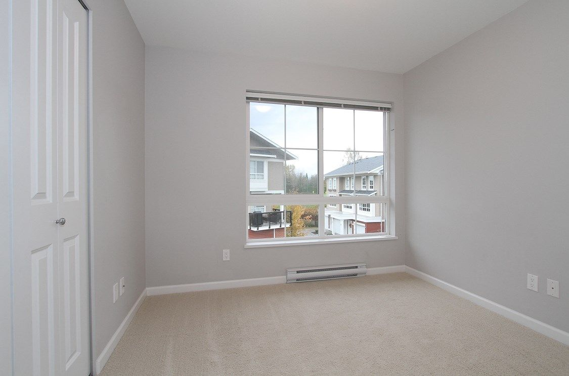 "Photo 11: Photos: 58 19505 68A Avenue in Surrey: Clayton Townhouse for sale in ""Clayton Rise"" (Cloverdale)  : MLS®# R2239007"