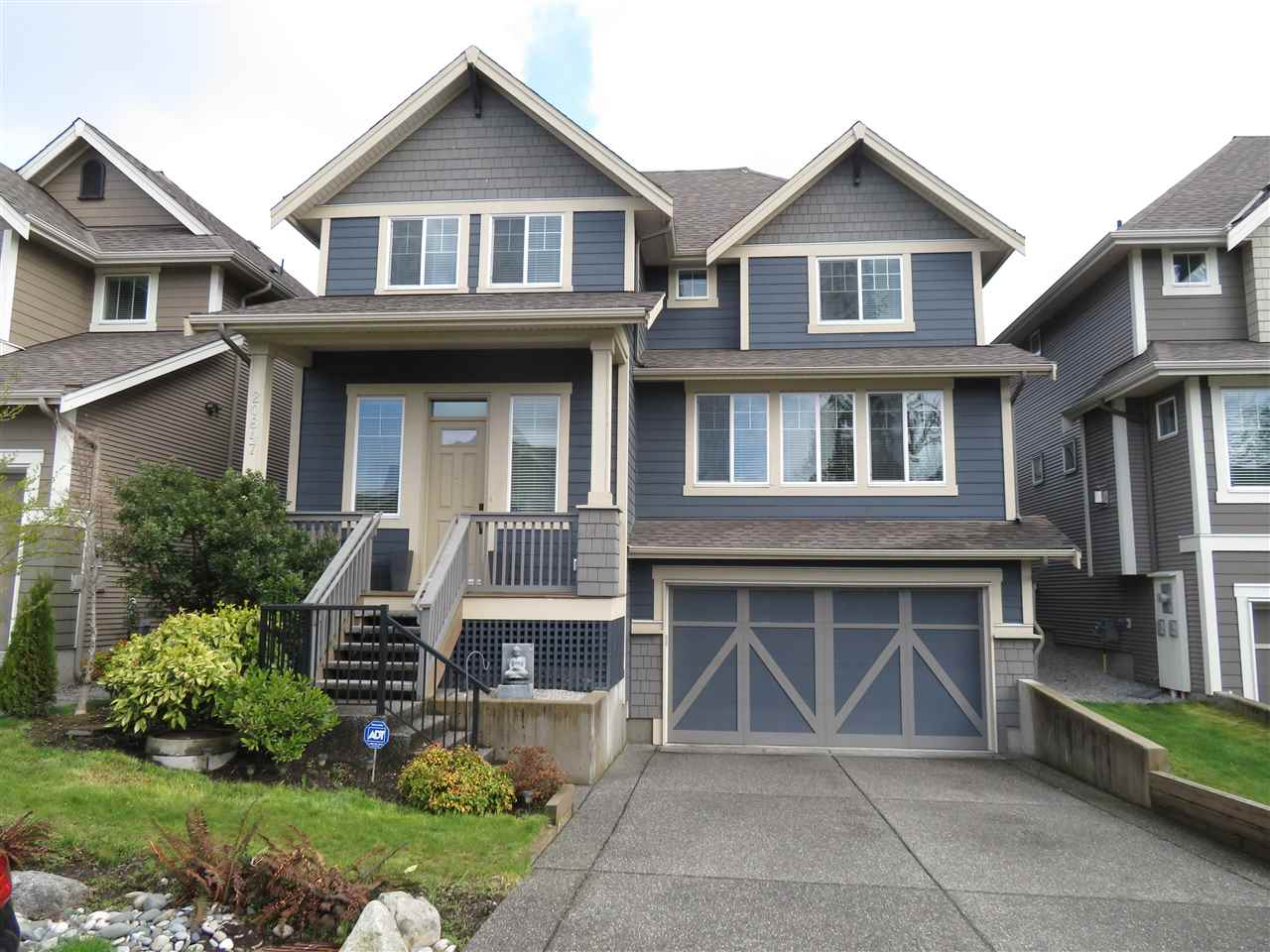 Main Photo: 20847 71A Avenue in Langley: Willoughby Heights House for sale : MLS®# R2257355
