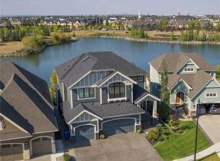 Main Photo: 68 ELGIN ESTATES View SE in Calgary: McKenzie Towne House for sale : MLS®# C4187978