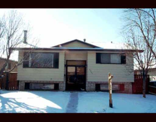 Main Photo:  in CALGARY: Dover Glen Residential Detached Single Family for sale (Calgary)  : MLS® # C2258232