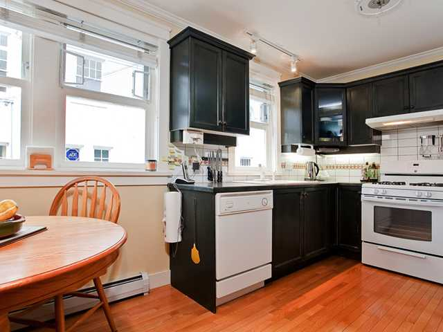 Photo 7: 1909 W 13TH Avenue in Vancouver: Kitsilano House 1/2 Duplex for sale (Vancouver West)  : MLS® # V917057