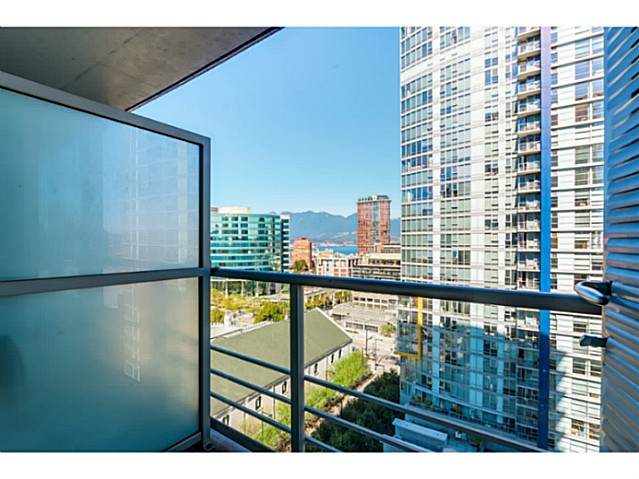 Photo 9: 1707 668 CITADEL PARADE in Vancouver: Downtown VW Condo for sale (Vancouver West)  : MLS(r) # V1084469