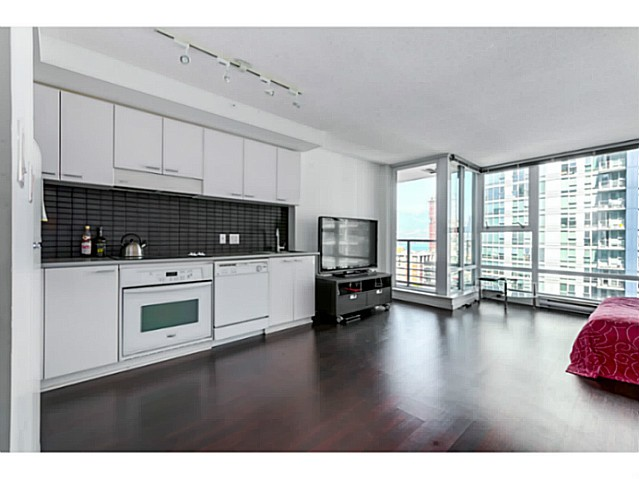 Photo 3: 1707 668 CITADEL PARADE in Vancouver: Downtown VW Condo for sale (Vancouver West)  : MLS(r) # V1084469