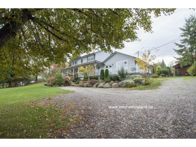 Main Photo: 17318 32ND Avenue in Surrey: Grandview Surrey House for sale (South Surrey White Rock)  : MLS®# F1425731