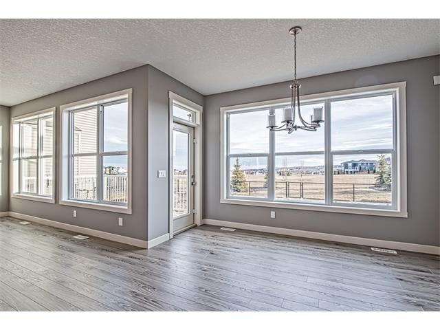 Photo 10: 139 NOLANCREST Heights NW in Calgary: Nolan Hill House  : MLS® # C4041790