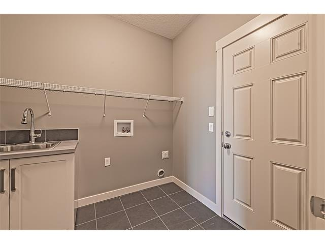 Photo 11: 139 NOLANCREST Heights NW in Calgary: Nolan Hill House  : MLS® # C4041790