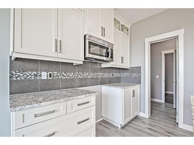 Photo 8: 139 NOLANCREST Heights NW in Calgary: Nolan Hill House  : MLS® # C4041790