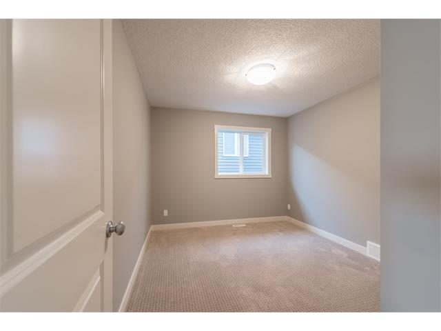 Photo 15: 139 NOLANCREST Heights NW in Calgary: Nolan Hill House  : MLS® # C4041790
