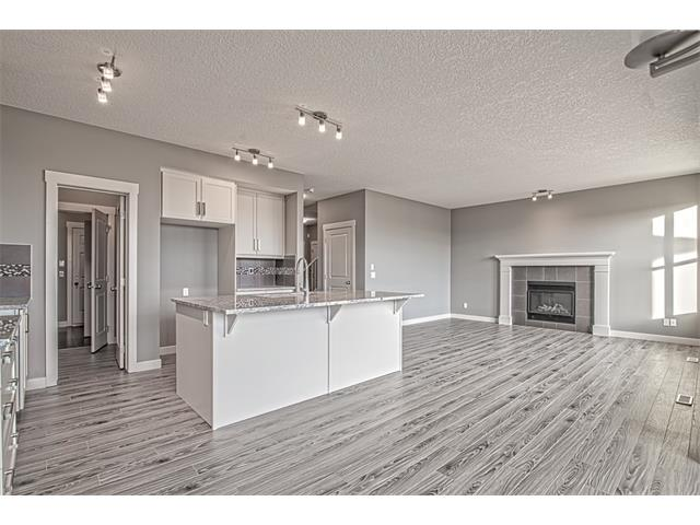 Photo 5: 139 NOLANCREST Heights NW in Calgary: Nolan Hill House  : MLS® # C4041790