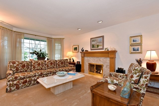 Photo 2: 5820 LAURELWOOD Court in Richmond: Granville House for sale : MLS(r) # R2025779
