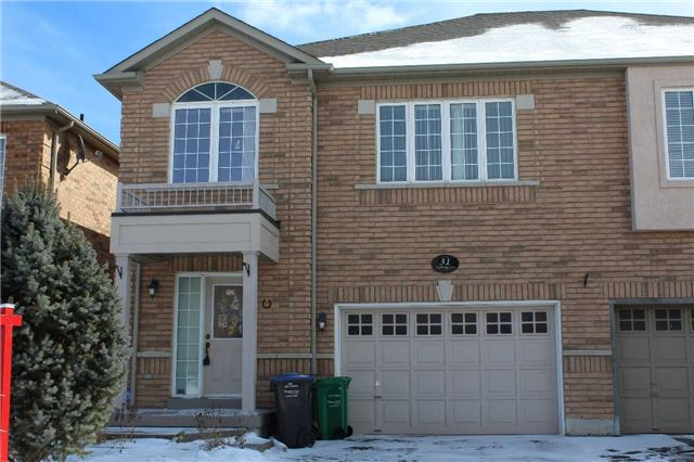 Main Photo: 31 Footbridge Crest in Brampton: Sandringham-Wellington House (2-Storey) for sale : MLS(r) # W3422754