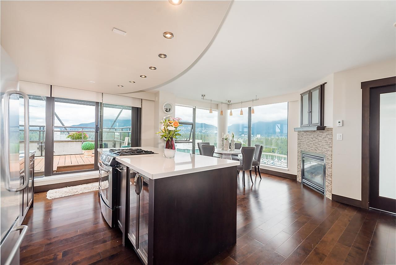 "Main Photo: 2506 1723 ALBERNI Street in Vancouver: West End VW Condo for sale in ""THE PARK"" (Vancouver West)  : MLS® # R2106181"