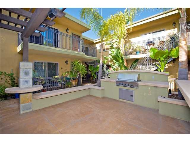 FEATURED LISTING: 9 - 4548 Hawley San Diego