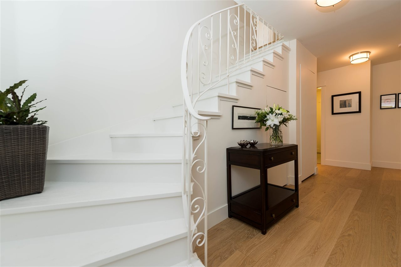 Photo 21: 5764 CRANLEY Drive in West Vancouver: Eagle Harbour House for sale : MLS(r) # R2163902