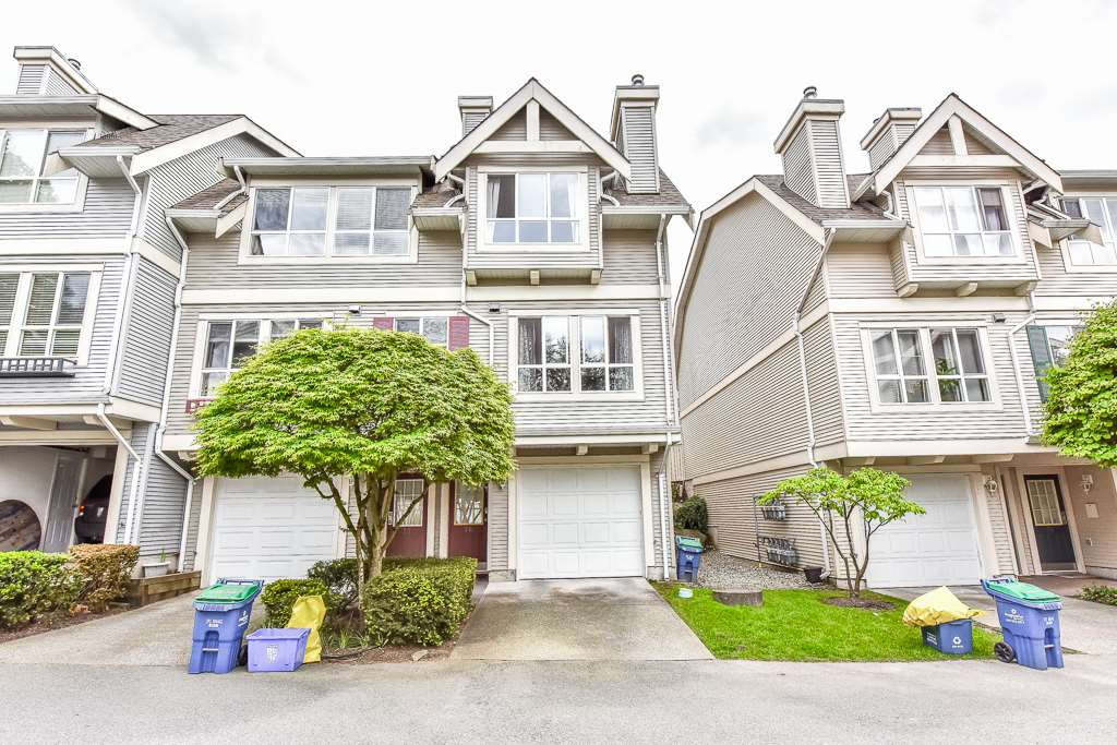 "Main Photo: 76 8844 208 Street in Langley: Walnut Grove Townhouse for sale in ""MAYBERRY"" : MLS®# R2168407"