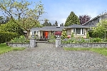 Main Photo: 1375 KINGS Avenue in West Vancouver: Ambleside House for sale : MLS(r) # R2168792