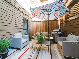 "Main Photo: 214 1435 NELSON Street in Vancouver: West End VW Condo for sale in ""WESTPORT"" (Vancouver West)  : MLS(r) # R2189016"