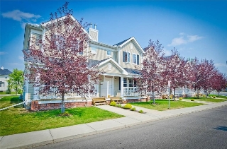 Main Photo: 26 Country Village Gate NE in Calgary: Country Hills Village House for sale : MLS® # C4131824