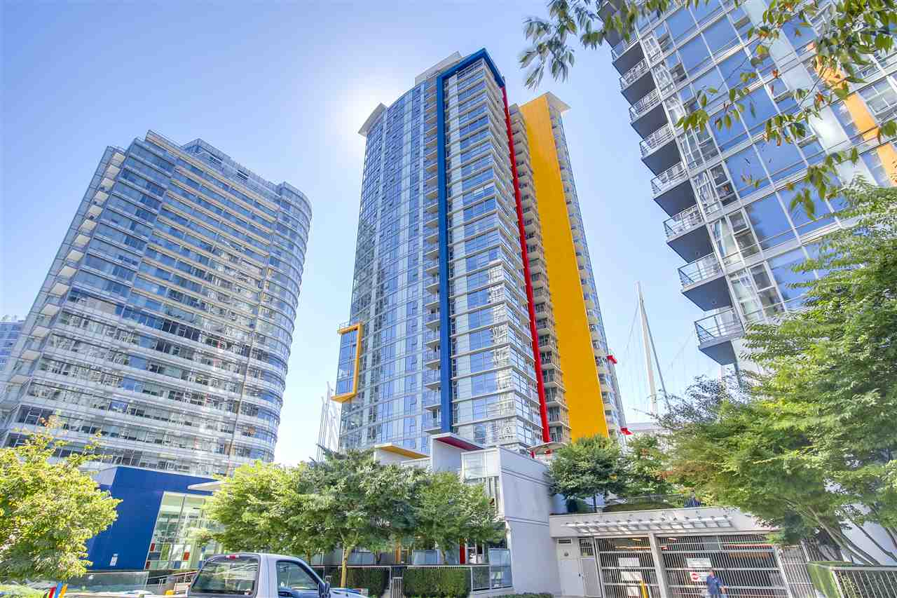 "Main Photo: 2806 111 W GEORGIA Street in Vancouver: Downtown VW Condo for sale in ""SPECTRUM"" (Vancouver West)  : MLS® # R2201036"