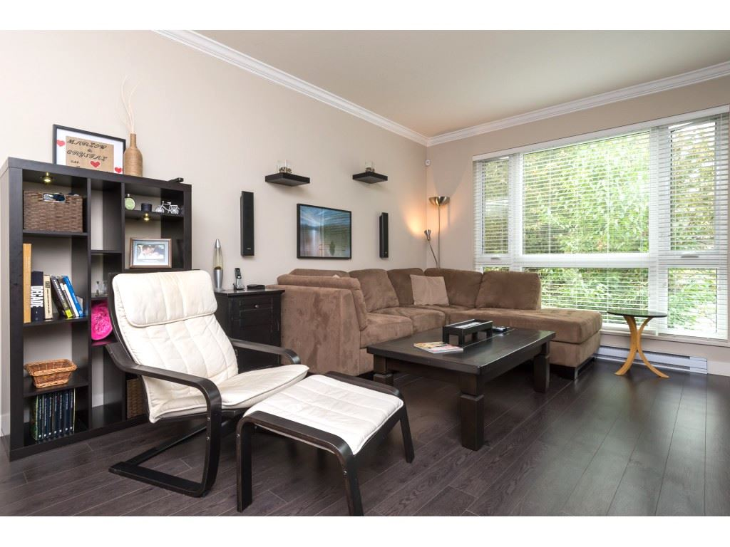 "Photo 5: 207 14358 60 Avenue in Surrey: Sullivan Station Condo for sale in ""Latitude"" : MLS® # R2205250"