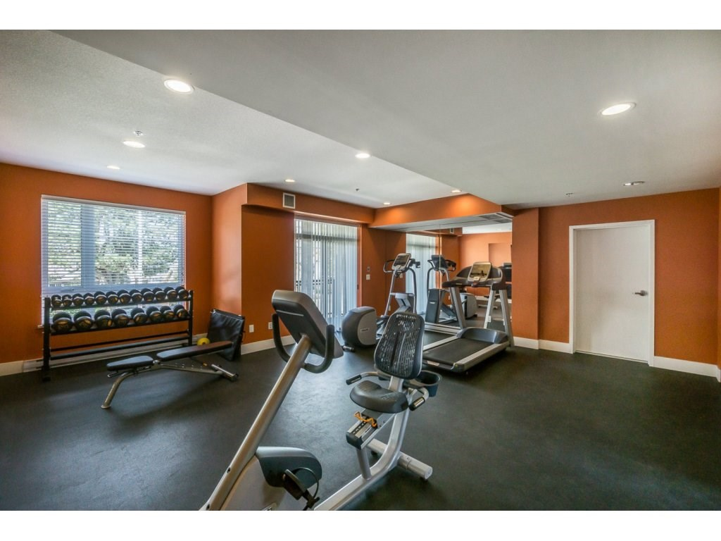 "Photo 19: 207 14358 60 Avenue in Surrey: Sullivan Station Condo for sale in ""Latitude"" : MLS® # R2205250"