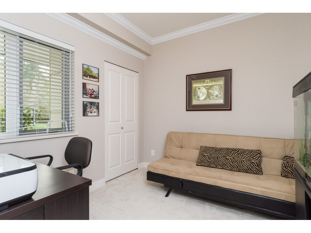 "Photo 14: 207 14358 60 Avenue in Surrey: Sullivan Station Condo for sale in ""Latitude"" : MLS® # R2205250"