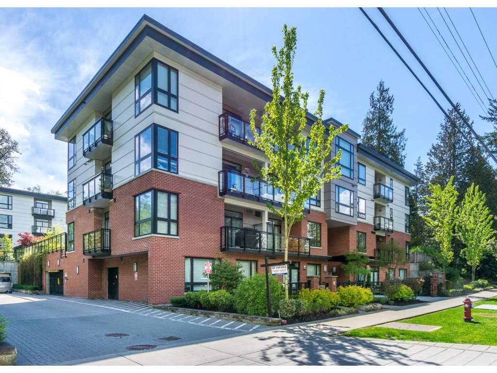 "Photo 2: 207 14358 60 Avenue in Surrey: Sullivan Station Condo for sale in ""Latitude"" : MLS® # R2205250"