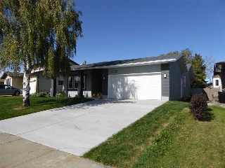 Main Photo: 18632 62A Avenue in Edmonton: Zone 20 House for sale : MLS® # E4081834