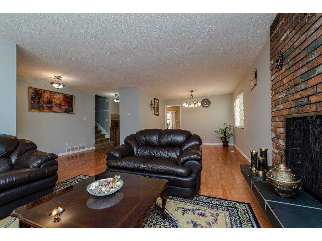 Photo 5: 32356 ADAIR Avenue in Abbotsford: Abbotsford West House for sale : MLS® # R2205507