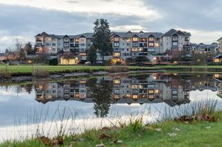 Main Photo: 302 19677 MEADOW GARDEN Way in Pitt Meadows: North Meadows PI Condo for sale : MLS® # R2223229