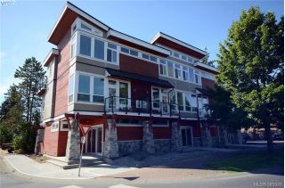 Main Photo: 110 689 Hoffman Avenue in VICTORIA: La Goldstream Townhouse for sale (Langford)  : MLS® # 385928