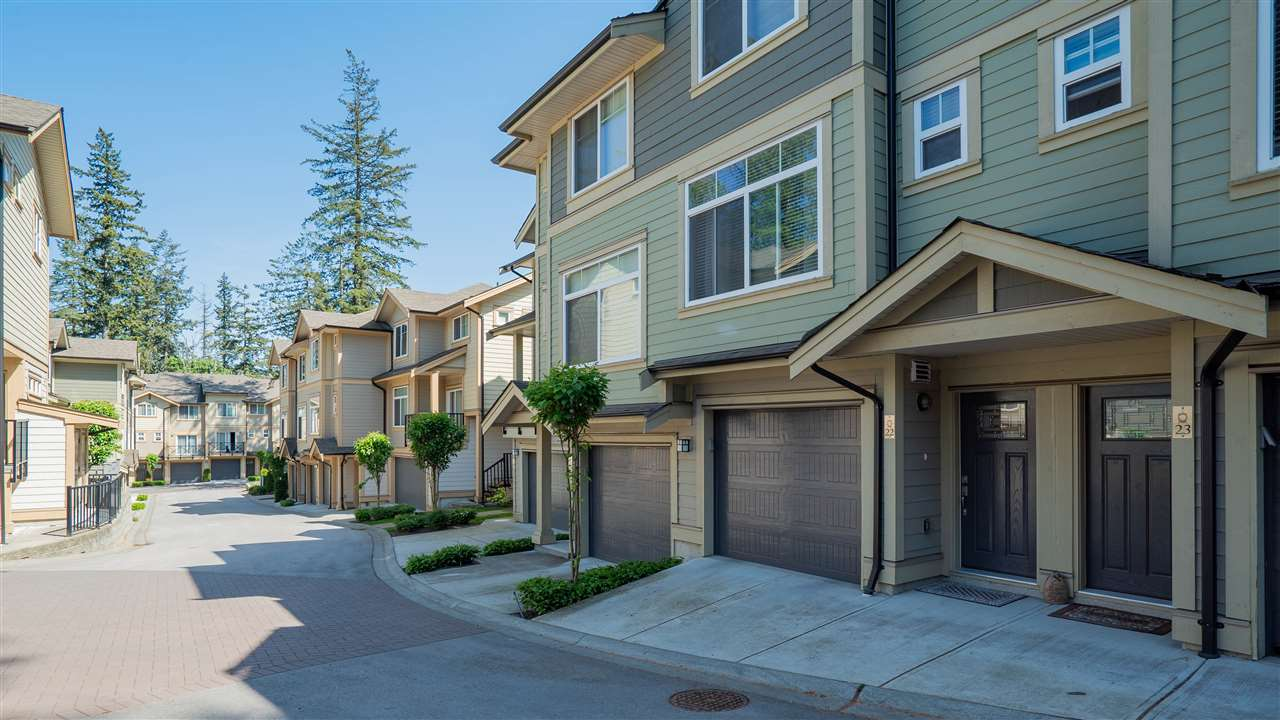 "Main Photo: 22 5957 152 Street in Surrey: Sullivan Station Townhouse for sale in ""Panorama Station"" : MLS®# R2268753"