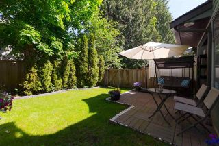 "Main Photo: 2 20653 THORNE Avenue in Maple Ridge: Southwest Maple Ridge Townhouse for sale in ""THORNEBERRY GARDENS"" : MLS®# R2273958"