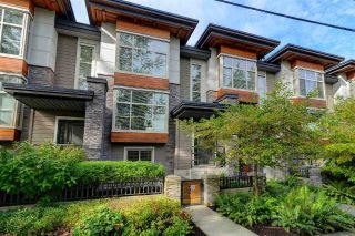 "Main Photo: 3 3025 BAIRD Road in North Vancouver: Lynn Valley Townhouse for sale in ""Vicinity"" : MLS®# R2315112"