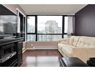 "Main Photo: 1606 977 MAINLAND Street in Vancouver: VVWYA Condo for sale in ""YALETOWN PARK III"" (Vancouver West)  : MLS(r) # V893928"