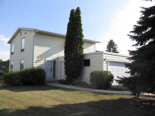 Main Photo: 71 Lakeshore Road in Winnipeg: Fort Garry / Whyte Ridge / St Norbert Single Family Detached for sale (South Winnipeg)  : MLS® # 1218752