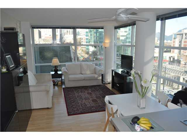 Main Photo: 706 602 Citadel Parade in Vancouver: Condo for sale : MLS(r) # v924360